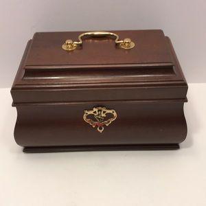 Vintage Williamsburg Wood Storage Box w/ Key Lock